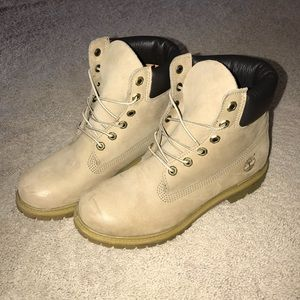 """Women's 6"""" Timberland Boots (Taupe)"""